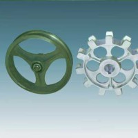 Drive host accessories cluster wheel